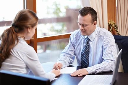 Подготавливаем иск для признания контракта недействительным