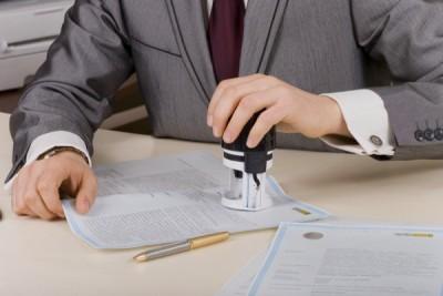 Заверение дарственной в нотариальной конторе не является обязательной процедурой