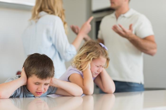 Мнение детей старше 10 лет учитывается в суде при разводе супругов