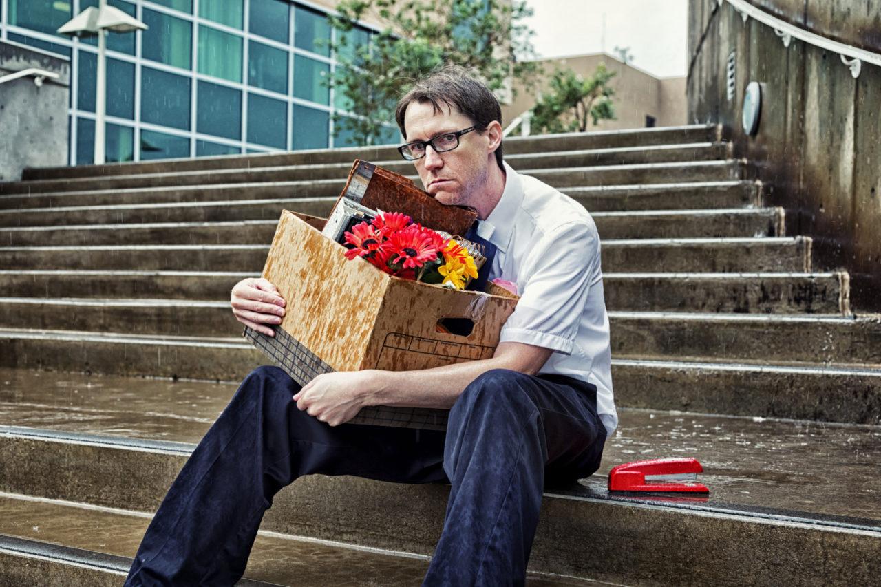 Добросовестный плательщик порой теряет работу и не может выполнять свои алиментные обязанности
