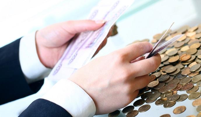 Задолженности сроком более 3 месяцев по выплате зарплаты работникам - один из прищнаков банкротства
