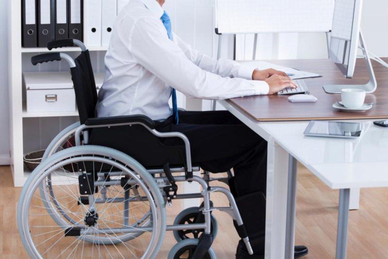 Работодатели обязаны предоставить «особым» работникам специальные условия труда