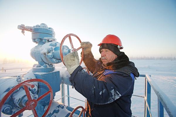 Сотрудникам, работающим в суровых климатических обстоятельствах выплачиваются доплаты