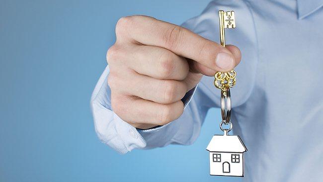 Дарить ли квартиру