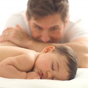 Заниматься воспитанием детей может не только мать, но и отец