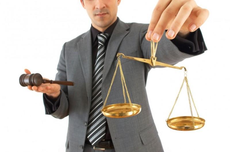 Для полной защищенности собственных интересов и прав ребенка лучшим решением будет обращение к высококвалифицированному юристу