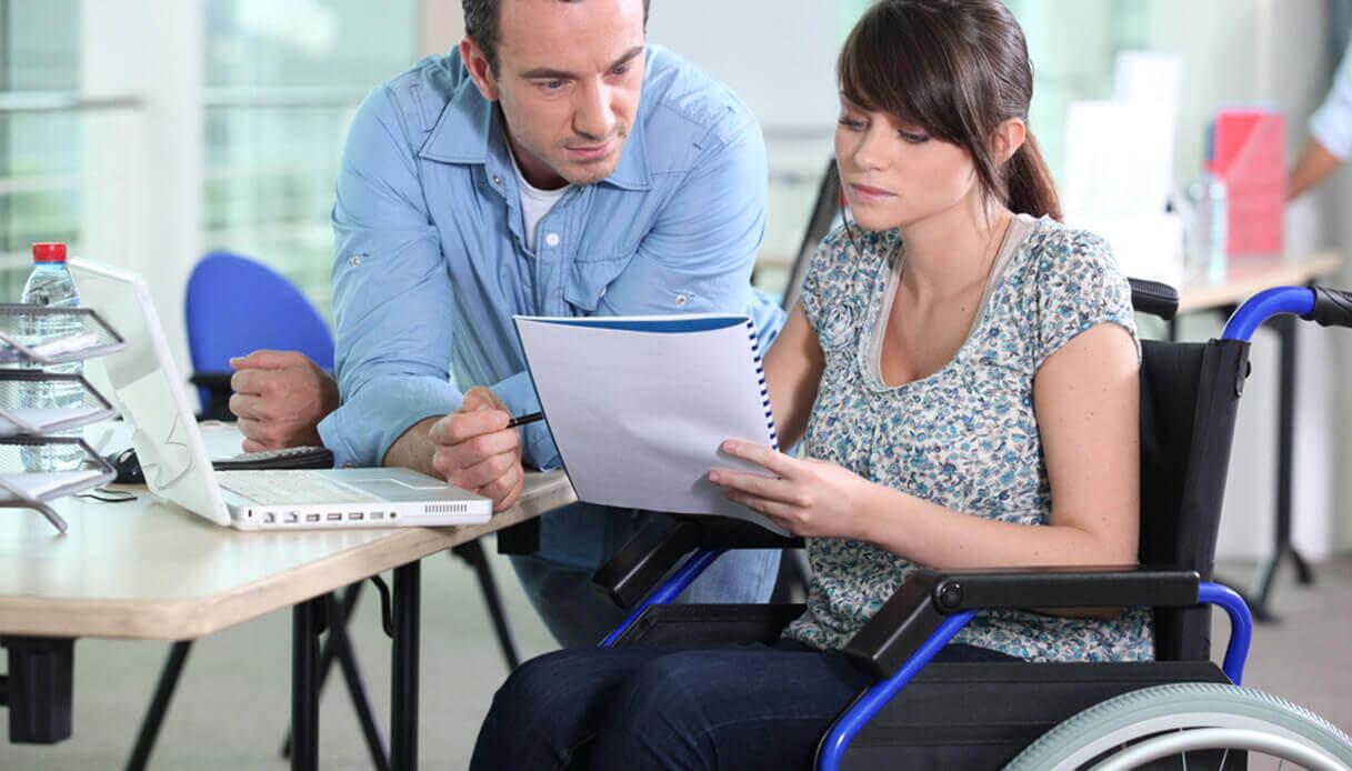 Налоговые льготы для инвалидов 2 и 1 группы - список льгот и выплат